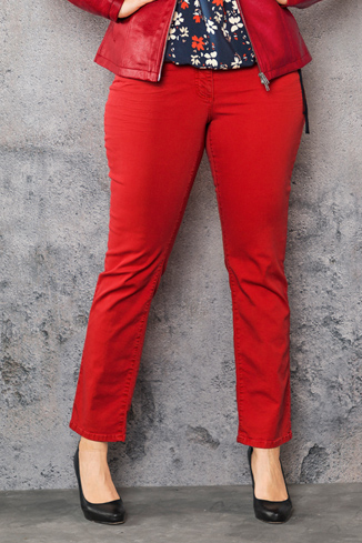 Jeans in Rot