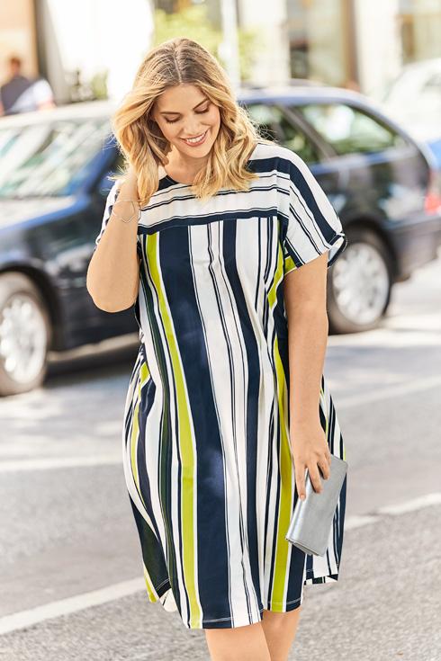 Kleiderformen vertikale Streifen